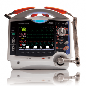 Defibrilator TEC-8300